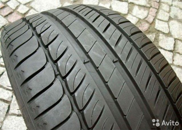 Bridgestone potenza re050a 235/55 r17