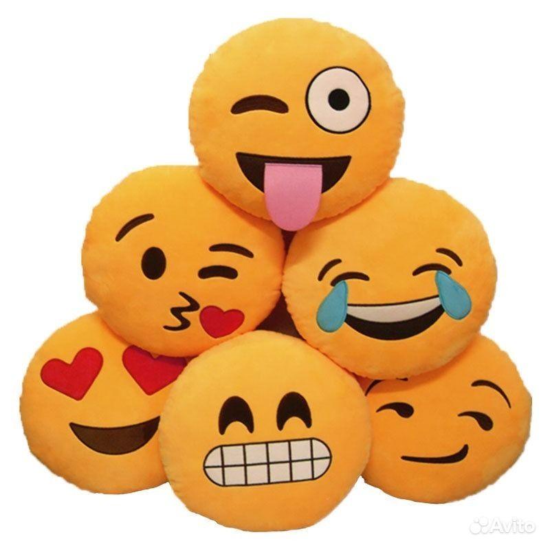 Подушки смайлики Emoji — фотография №3: https://www.avito.ru/novosibirsk/tovary_dlya_detey_i_igrushki...