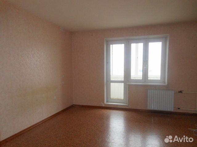 Продается двухкомнатная квартира за 1 730 000 рублей. Челябинская область, улица Калинина, 15.