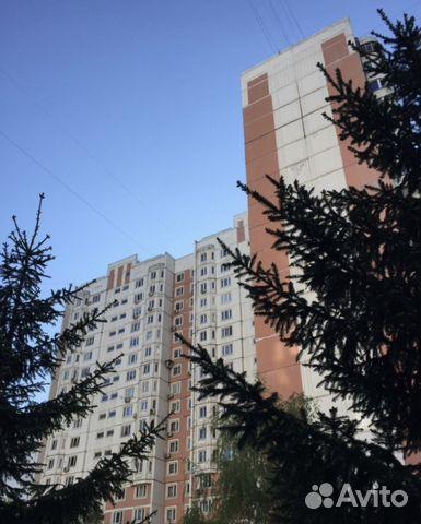 Продается трехкомнатная квартира за 17 750 000 рублей. улица Введенского, 24к1.