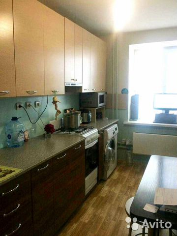 Продается трехкомнатная квартира за 1 900 000 рублей. Балаково, Саратовская область, Саратовское шоссе, 68.