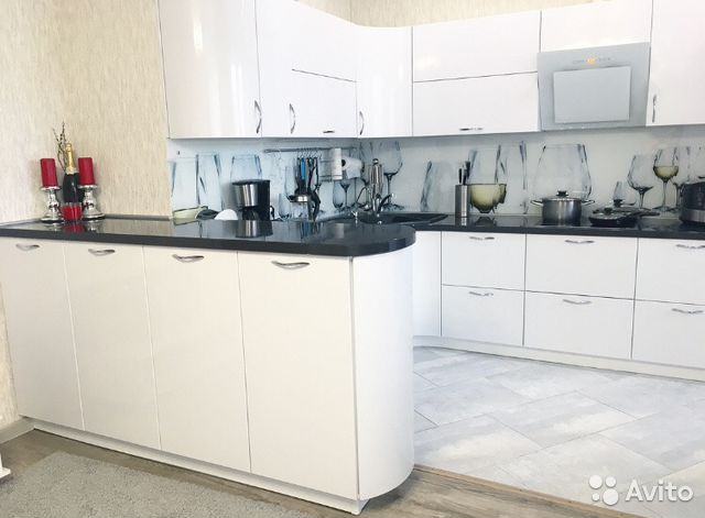 Продается трехкомнатная квартира за 7 000 000 рублей. ул Ямская, 86.