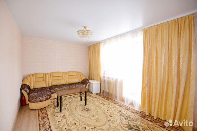 Продается двухкомнатная квартира за 3 350 000 рублей. г Киров, ул Солнечная, д 37.