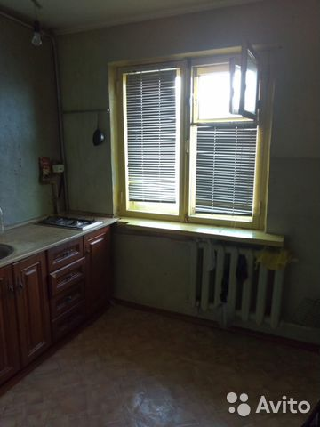 Продается двухкомнатная квартира за 1 800 000 рублей. г Красноярск, пр-кт Металлургов, д 2Д/5А.
