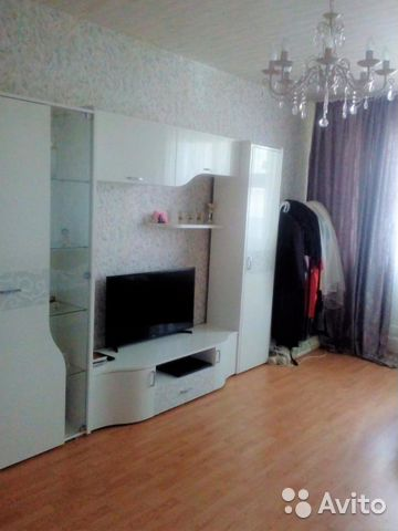 Продается четырехкомнатная квартира за 10 990 000 рублей. Московская обл, г Люберцы, пр-кт Гагарина, д 27/6.