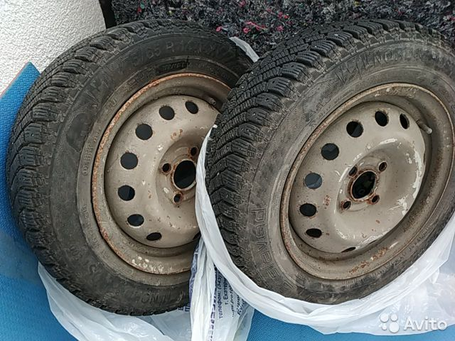 Gislaved Nord Frost 200 175/65 r14 2шт с дисками— фотография №1