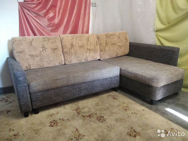 Диванугловой диван. Есть доставка  89118610703 купить 1