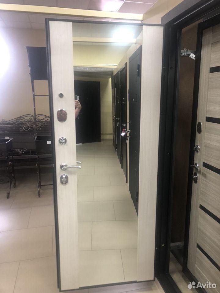 Дверь металлическая входная зеркало