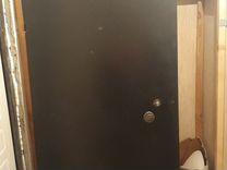 Дверь металическая входная б/у