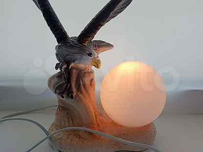 Светильники, настольные лампы