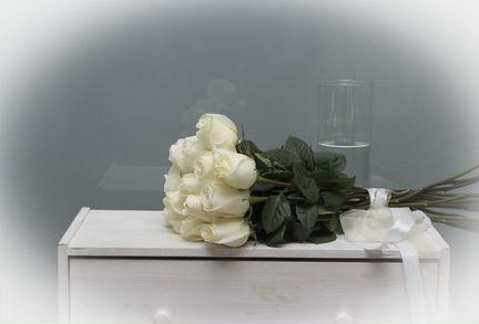Розы белые крупные с Эквадора 11 шт Vendella