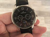 Часы Pierre Petit